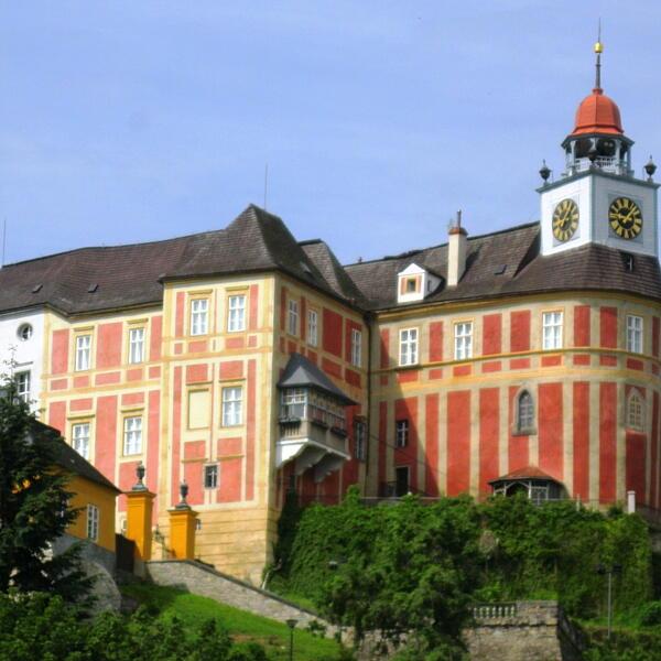 Zamek Jánský Vrch