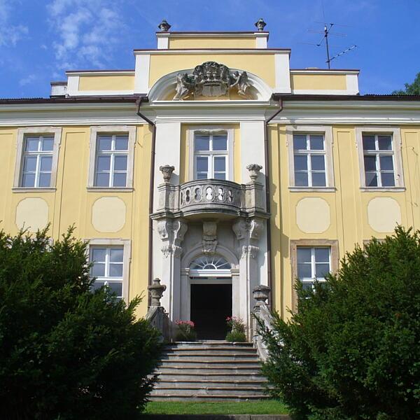 Pałac Lenno w Łupkach